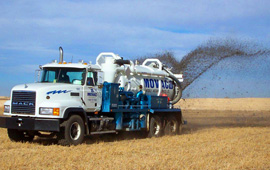 Tank agitator maximizes landspraying
